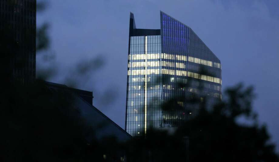 Global alternative investment firm Värde Partners has opened a Houston office at 609 Main in downtown. Photo: Elizabeth Conley, Houston Chronicle / © 2017 Houston Chronicle
