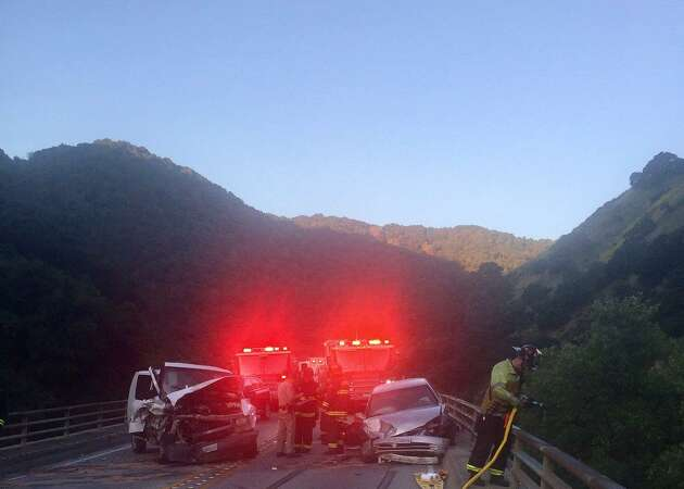 East Bay crash shuts down all lanes of Niles Canyon Road