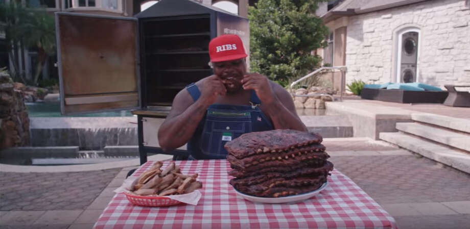 Former Houston Texans defensive tackle Vince Wilfork is a spokeman for Kingsford charcoal. Photo: Kingsford