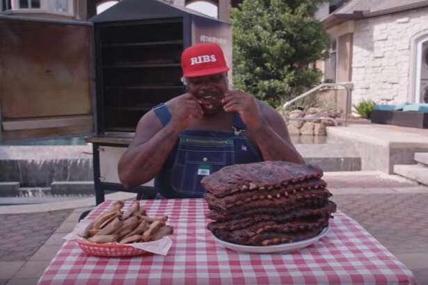 Former Houston Texans defensive tackle Vince Wilfork is a spokeman for Kingsford charcoal.
