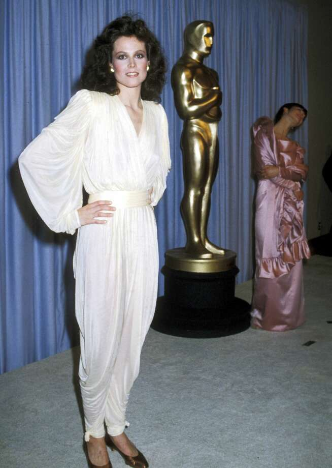 list of awards and nominations received by sigourney weaver - 654×920
