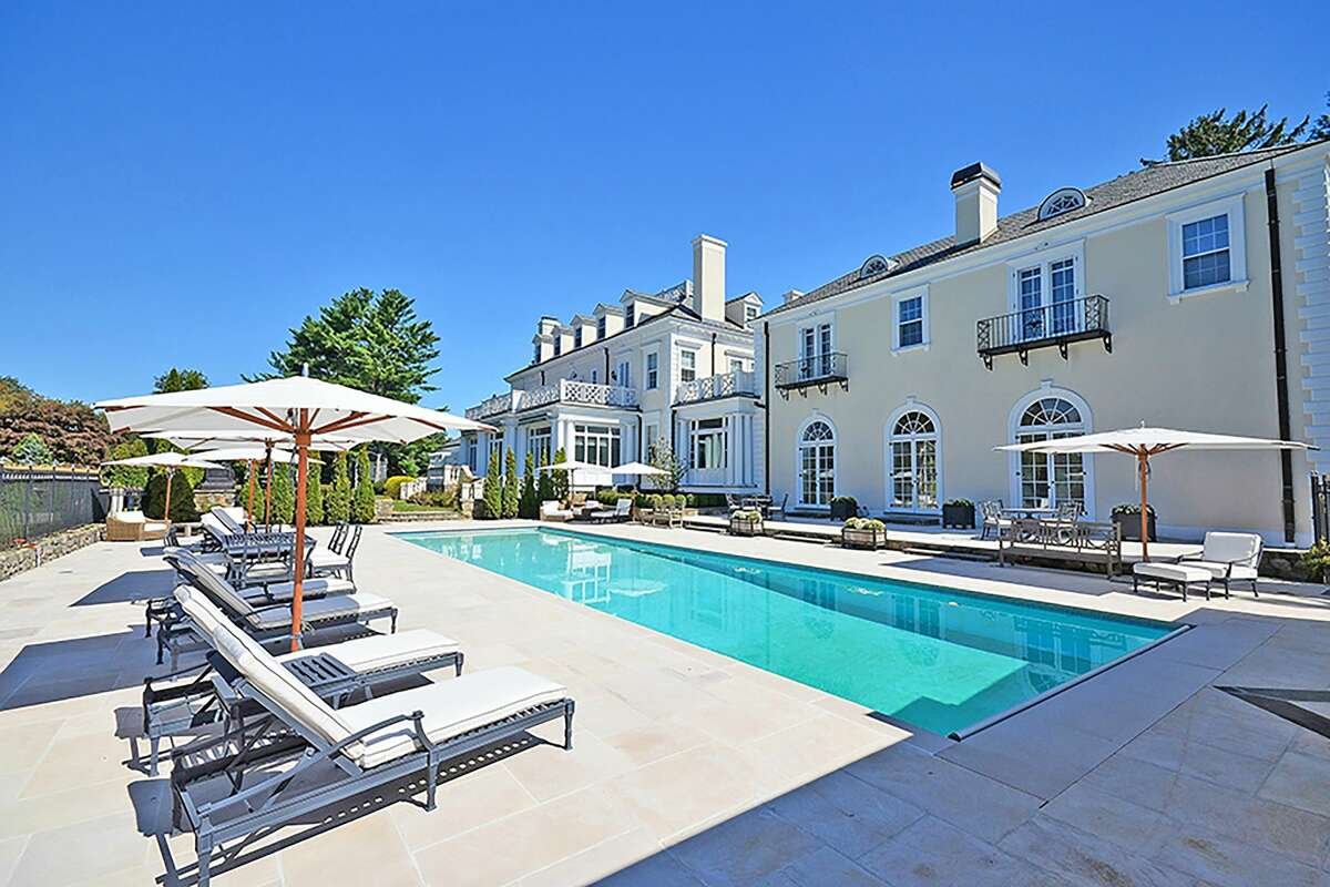 Ridgefield estate, Sunset Hall, sold one day ahead of its live auction scheduled for Friday, May 19, 2017. The home was previously listed for $5.75 million.