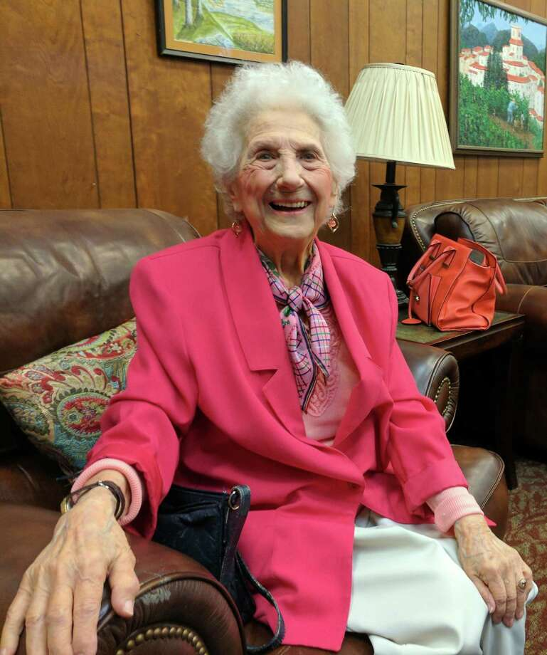 Alice Bey, 98, was an artist and a machinist in WWII. Photo: Ken Borsuk /