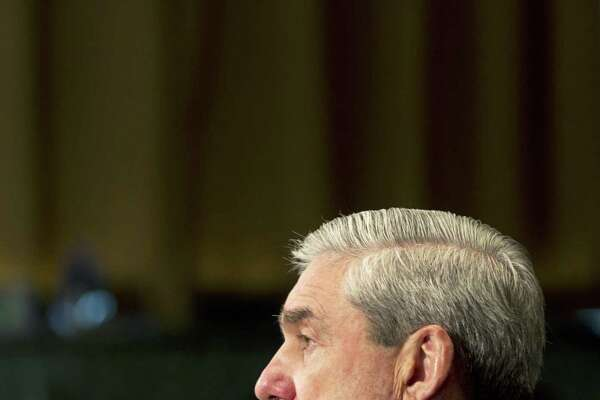 Former FBI Director Robert Mueller's appointment  is a positive move, but it's worth noting that he will not enjoy the same as a special prosecutor.