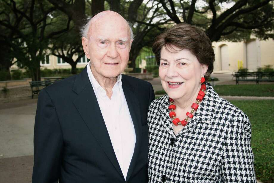 Robert M. Fwoolfolk and Elizabeth Carrow Woolfolk Photo: Photo Courtesy Of Our Lady Of The Lake University