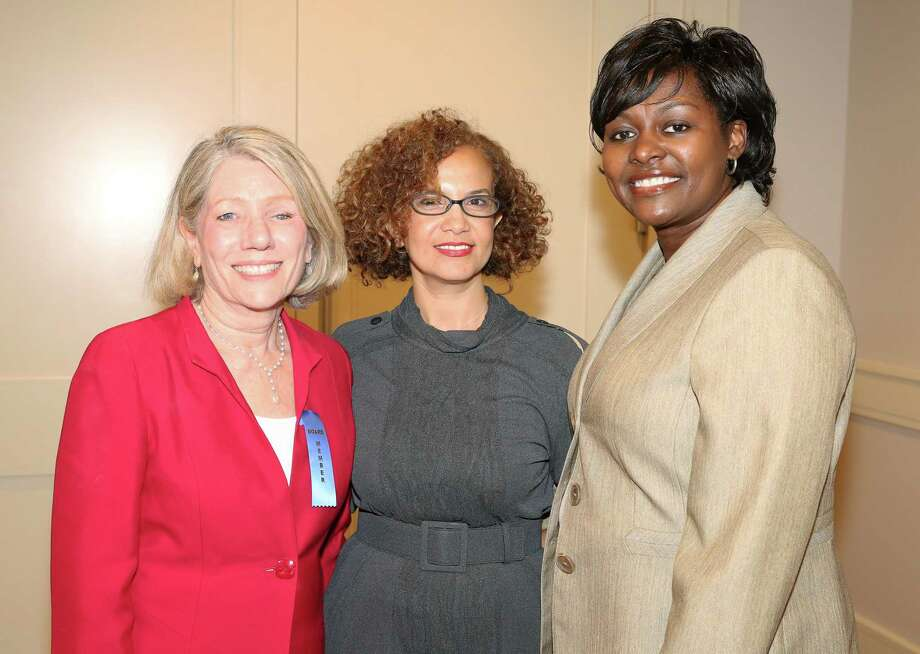 Co-chairs Catherine Garcia-Prats, from left, Sara Oussar and Deidre Jackson Photo: Yi-Chin Lee, Staff / © 2017  Houston Chronicle