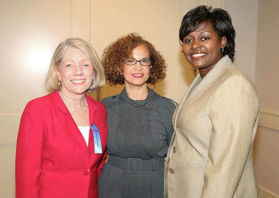 Co-chairs Catherine Garcia-Prats, from left, Sara Oussar and Deidre Jackson Photo: Yi-Chin Lee, Staff / © 2017  Houston Chronicle