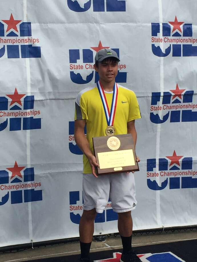 Grady junior Dominic Gibson holds his championship plaque after winning his second consecutive Class 1A boys singles state title, Friday in College Station. (Courtesy photo)