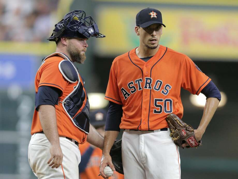 Houston Astros starting pitcher Charlie Morton (50) reacts as he see the manager coming to pull him in the sixth inning against the Cleveland Indians. Houston Astros and Cleveland Indians play in the first of a four-game series on Friday, May 19, 2017, in Houston. ( Elizabeth Conley / Houston Chronicle ) Photo: Elizabeth Conley/Houston Chronicle