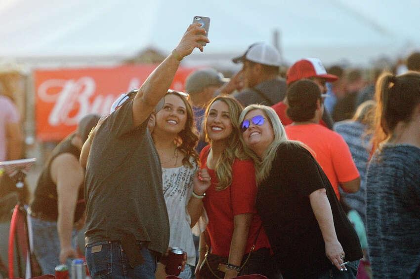 Crudefest country music festival May 19, 2017. James Durbin/Reporter-Telegram