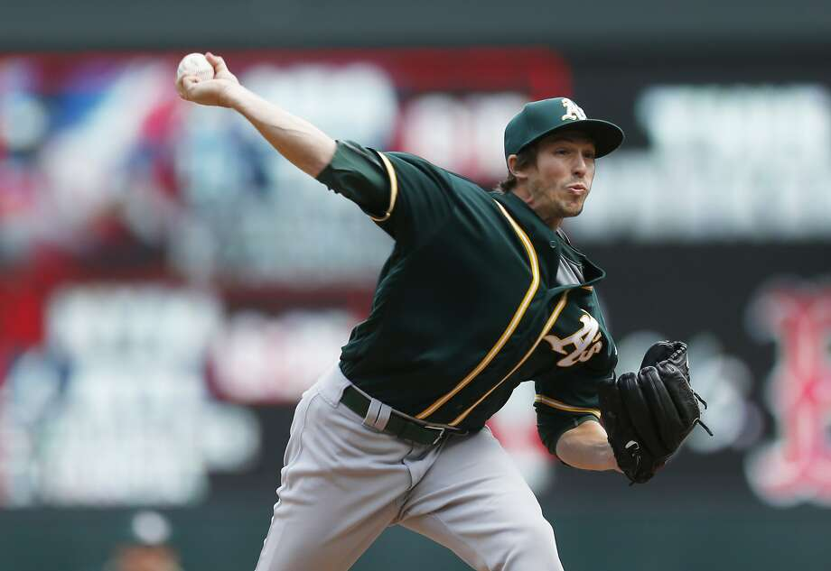 Oakland Athletics pitcher Ryan Dull throws against the Minnesota Twins in the seventh inning of a baseball game Thursday, May 4, 2017, in Minneapolis. (AP Photo/Jim Mone) Photo: Jim Mone, Associated Press