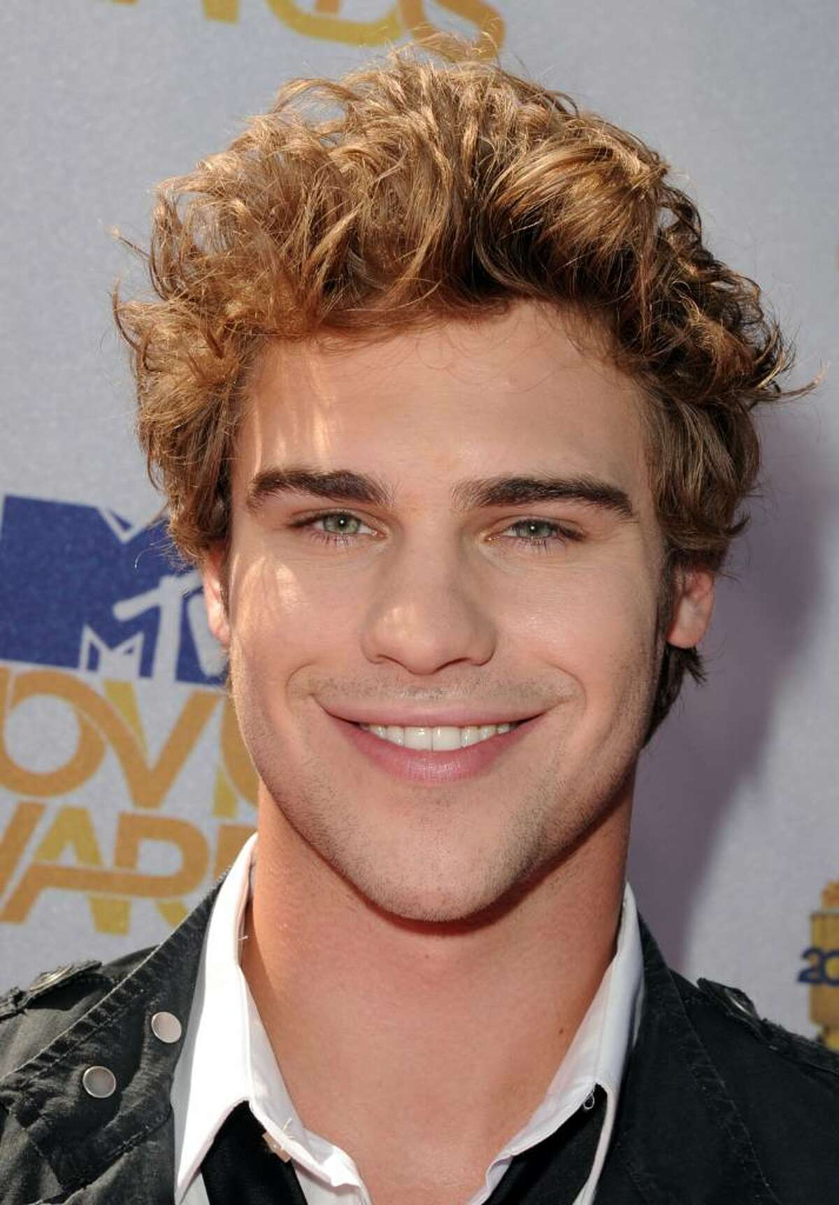 UNIVERSAL CITY, CA - JUNE 06: Grey Damon arrives at the 2010 MTV Movie Awards held at the Gibson Amphitheatre at Universal Studios on June 6, 2010 in Universal City, California. (Photo by Kevin Winter/Getty Images) *** Local Caption *** Grey Damon