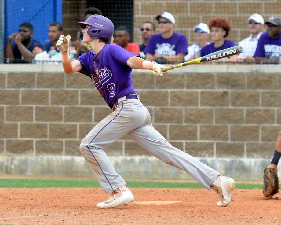 Will Pendergrass (9) of Ridge Point drives in two runs with a hit in the fifth inning during game 3 of a 6A Region III quarterfinal baseball playoff series between the Ridge Point Panthers and the Cy Ranch Mustangs on Saturday May 20, 2017 at Katy Taylor HS, Katy, TX. Photo: Craig Moseley/Houston Chronicle