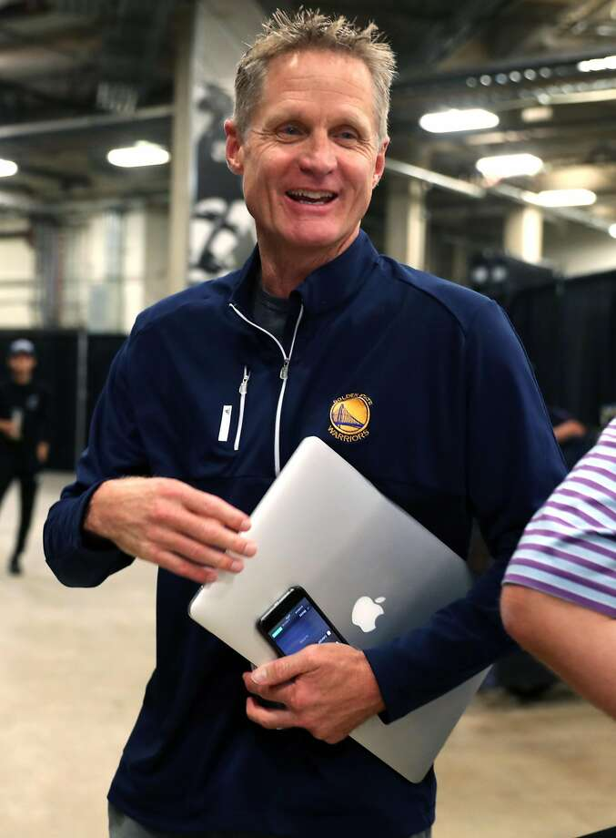 Golden State Warriors' head coach Steve Kerr arrives before Warriors play San Antonio Spurs in Game 3 of NBA Western Conference Finals at AT&T Center in San Antonio, Texas, on Thursday, May 20, 2017. Photo: Scott Strazzante, The Chronicle