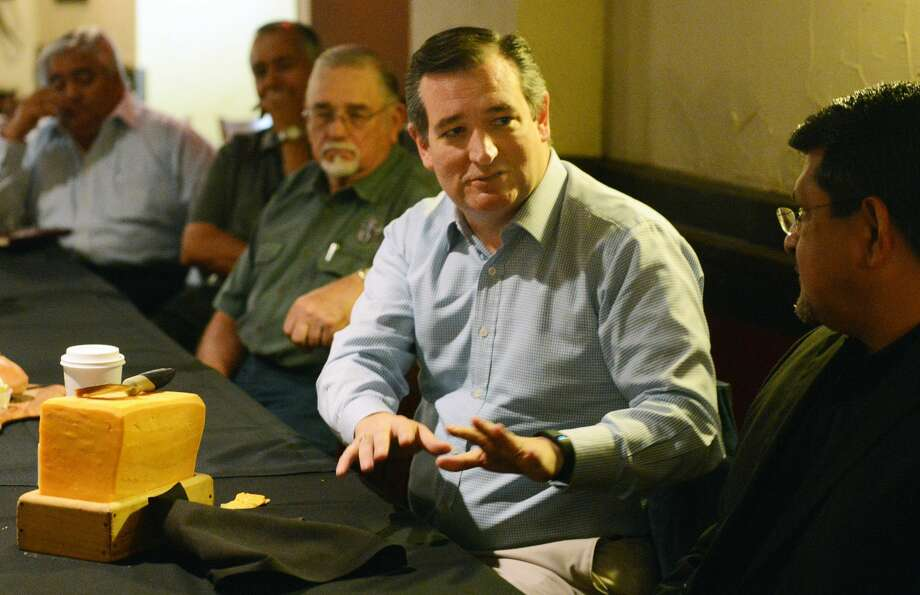Sen. Ted Cruz meets with local business, civic and educational leaders during a luncheon meeting Saturday, May 20, 2017 at the Barn Door Restaurant in Odessa, Texas. Sen. Cruz also had stops scheduled for Midland and Lubbock. (AP Photo/Odessa American, Mark Sterkel) Photo: Mark Sterkel|Odessa American/AP