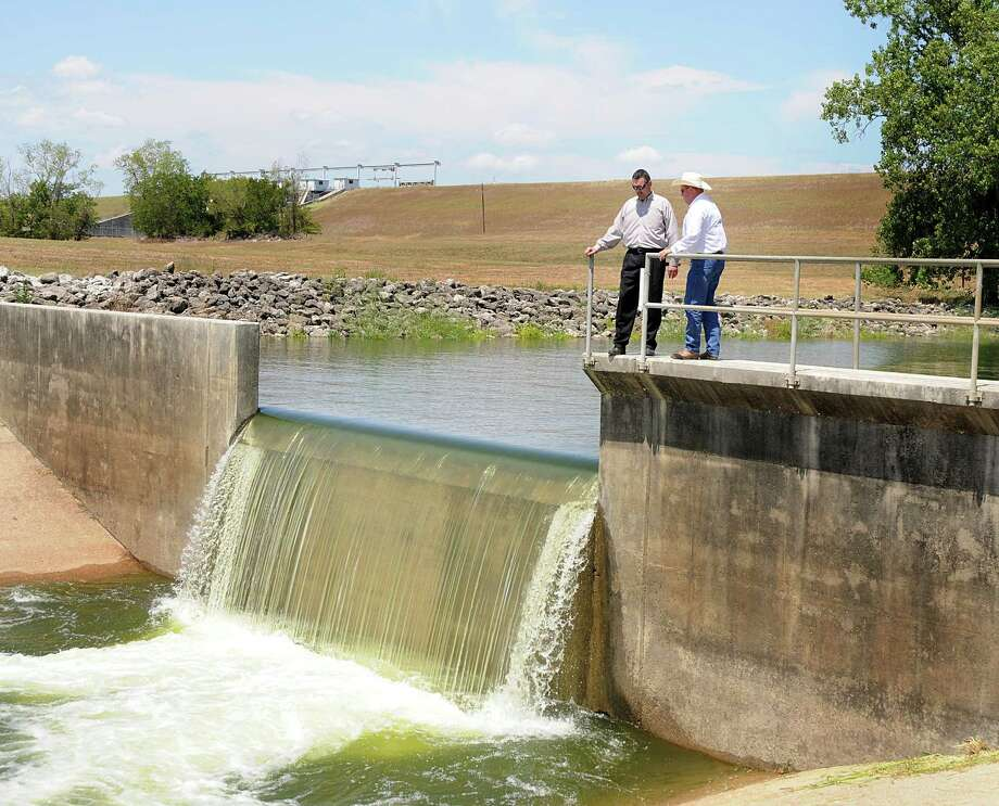 San Jacinto River Authority officials have announced the Groundwater Reduction Plan Division has earned a best tasting water award from the American Water Works Association. Photo: David Hopper, Freelance / freelance
