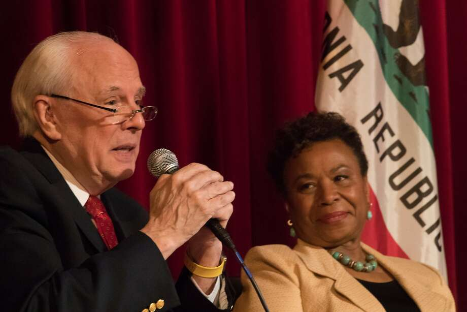 Former Nixon counsel John Dean of Watergate fame, with Rep. Barbara Lee, speaks in Berkeley about ways to drive President Trump from office. Photo: Paul Kuroda, Special To The Chronicle