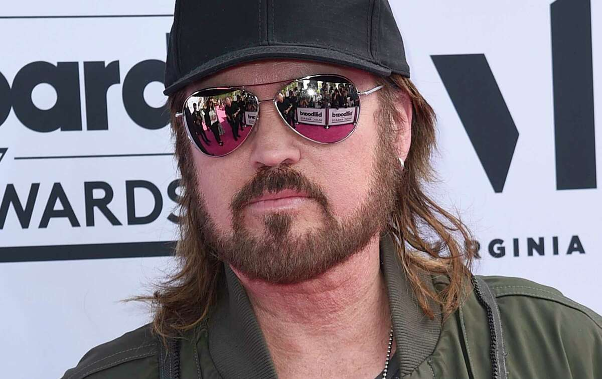 Billy Ray Cyrus arrives at the Billboard Music Awards at the T-Mobile Arena on Sunday, May 21, 2017, in Las Vegas. (Photo by Richard Shotwell/Invision/AP)