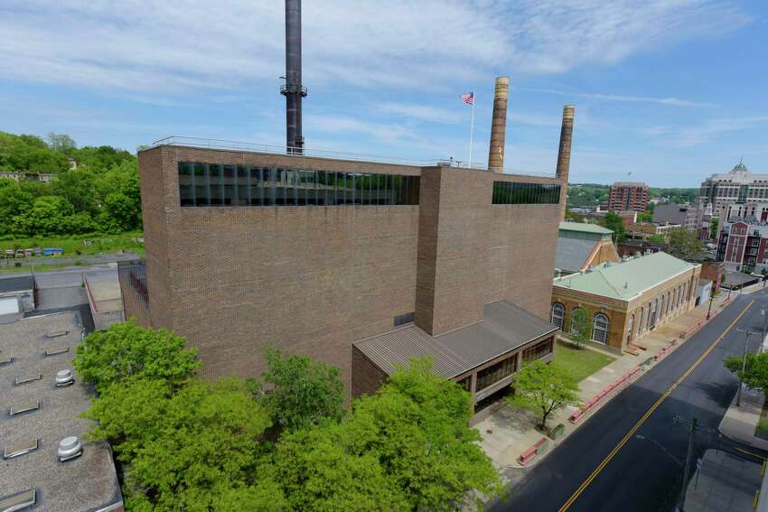 A view of the former trash incinerator plant that is slated to become home to a microgrid adjacent to the state's Steam Generating Facility on Sheridan Ave. on Sunday, May 21, 2017, in Albany, N.Y. (Paul Buckowski / Times Union)