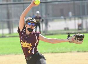 Colonie's Emily Kurtzner (7) pitches against Shaker during a Section II Class AA girls high school softball game in Colonie, N.Y., Friday, April 28, 2017. (Hans Pennink / Special to the Times Union) ORG XMIT: HP104