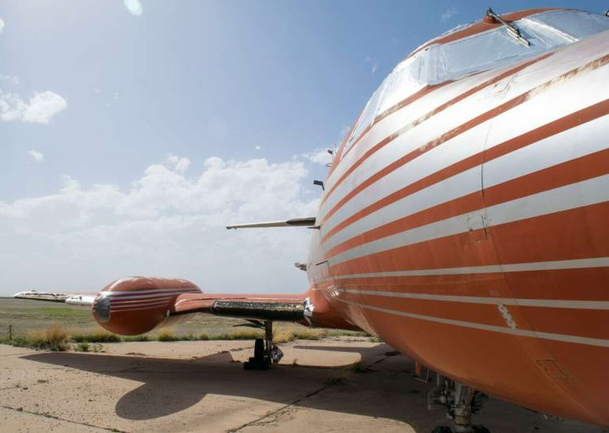 A private plane belonging to Elvis Presley and his father Vernon is up on the auction block.