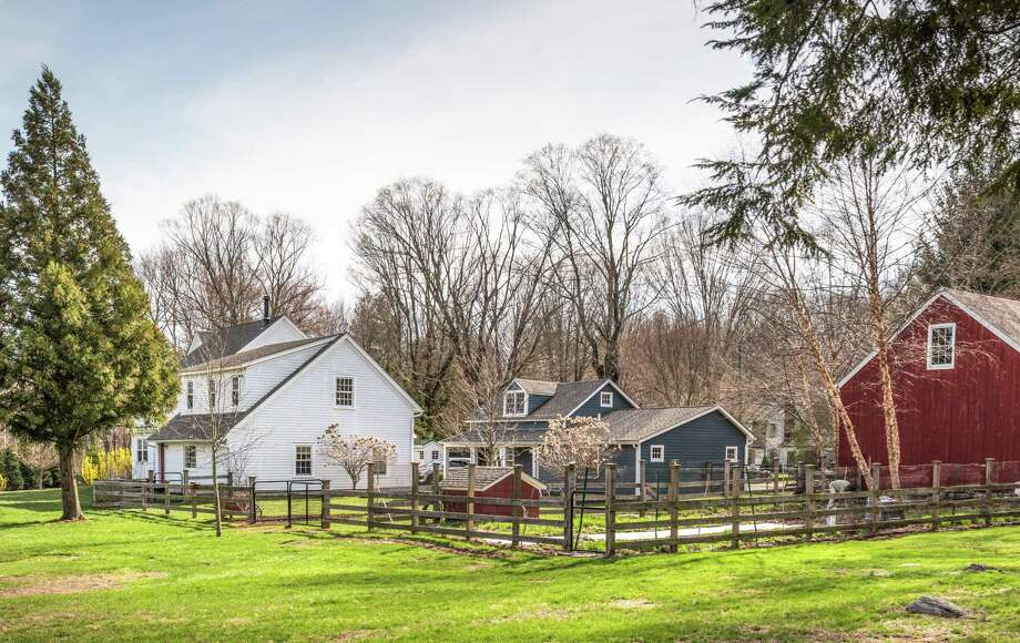 Fairfield: An updated vintage colonial farmhouse at 3808 Redding  Road in Fairfield has more than 16 acres of land, a barn and other  agricultural amenities. Read more.  Photo: Www.JayneHoward.com / Jayne Howard Studios