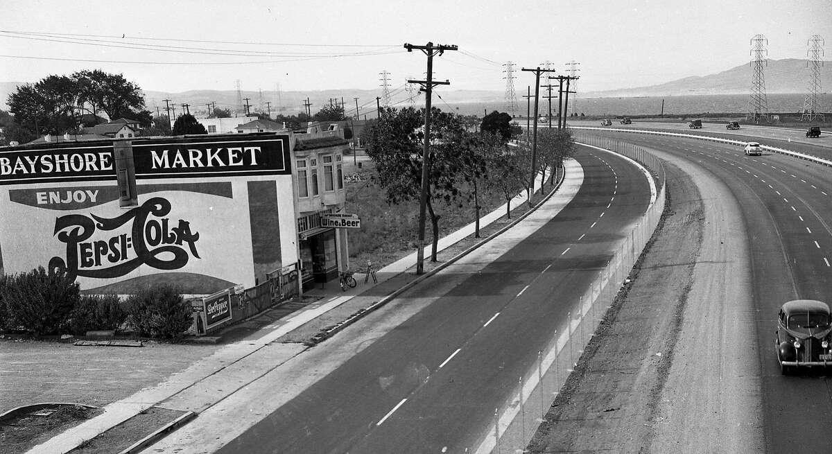 Bayshore market near Peninsula Avenue, A fence controversy at the Bayshore Freeway, in Burlingame on the Peninsula October 17, 1947
