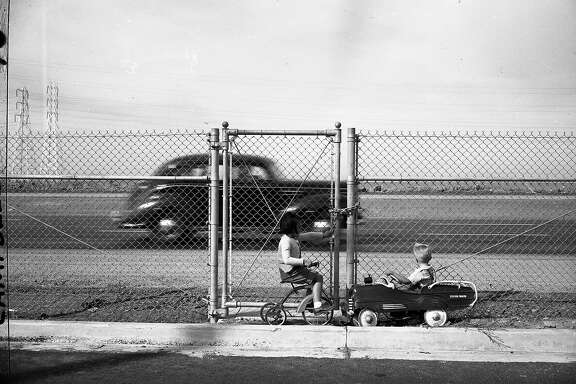 A fence controversy at the  Bayshore Freeway, in Burlingame on  the Peninsula   October 17, 1947