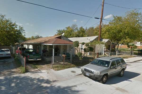 HMK Ltd. reportedly owns dozens of homes on Rutz Street, pictured here. The landlord was set to evict hundreds of West Dallas tenants but opted to sell them their rental homes instead.