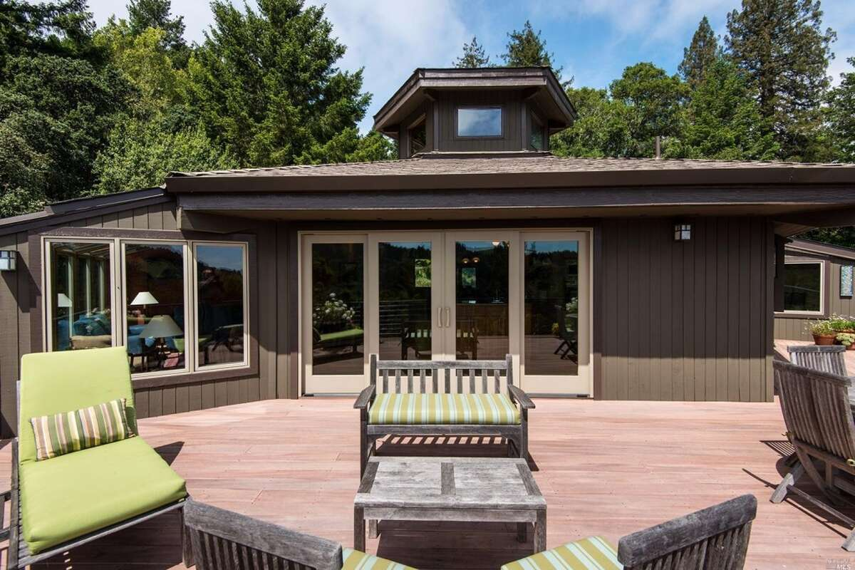 Wood deck addition Average job cost: $12,712 Value at sale: $6,900 Cost recouped (ROI): 54.3 percent