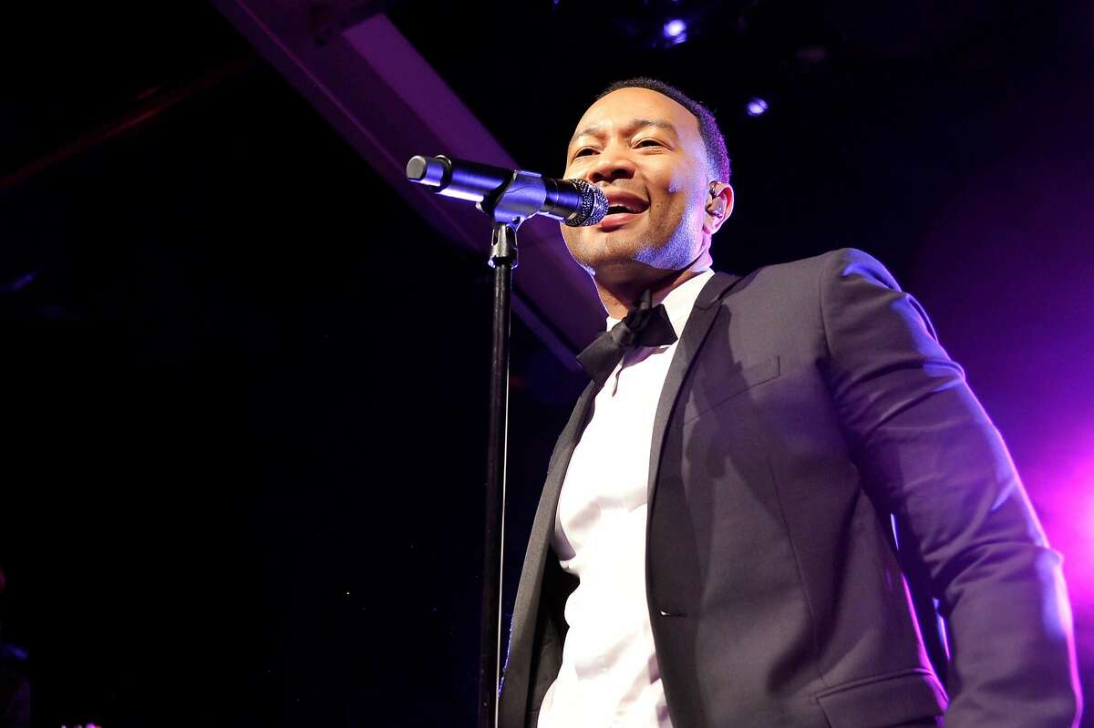 LOS ANGELES, CA - APRIL 29: Singer John Legend performs at the MOCA Gala 2017 honoring Jeff Koons at The Geffen Contemporary at MOCA on April 29, 2017 in Los Angeles, California. (Photo by John Sciulli/Getty Images for MOCA)
