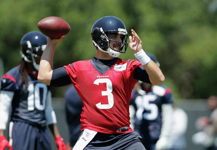 Houston Texans quarterback Tom Savage (3) looks to pass during the Houston Texans OTAs at the Methodist Training Center in Houston, TX on Tuesday, May 23, 2017.