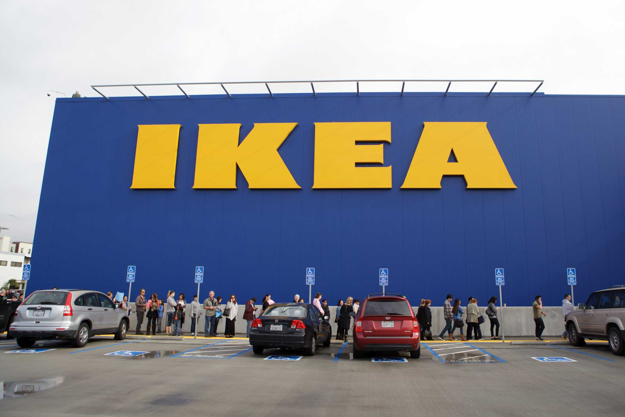 Ikea names brodin new ceo san antonio express news for Ikea san antonio
