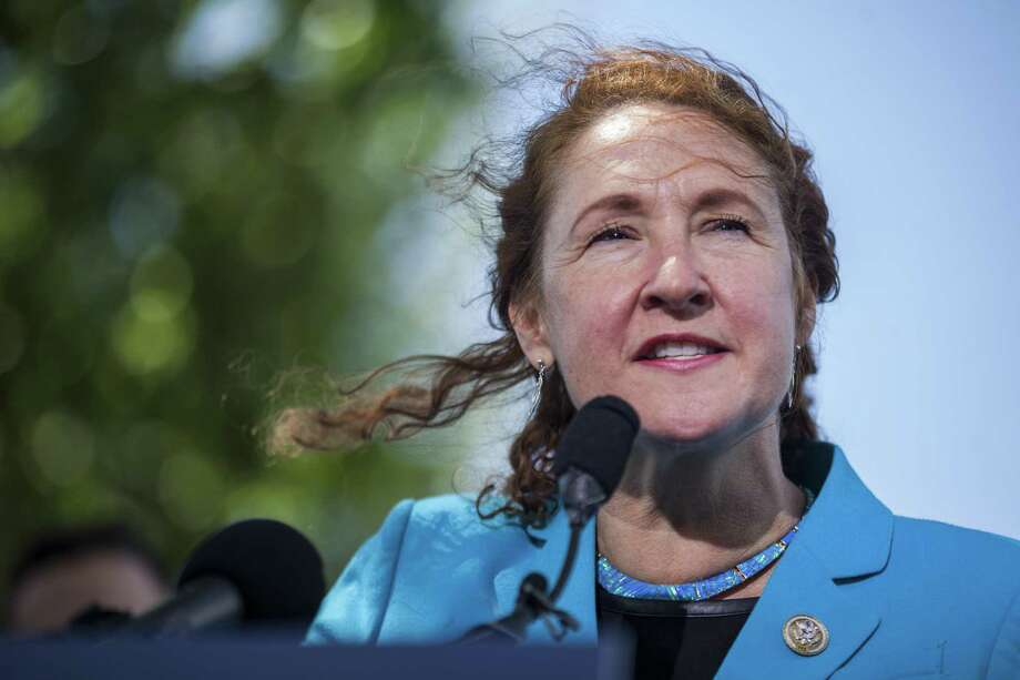 WASHINGTON, DC - MAY 03: Rep. Elizabeth Esty (D-CT) speaks during a press conference on gun safety on Capitol Hill on May 3, 2017 in Washington, DC. (Photo by Zach Gibson/Getty Images) Photo: Zach Gibson / Getty Images / 2017 Getty Images
