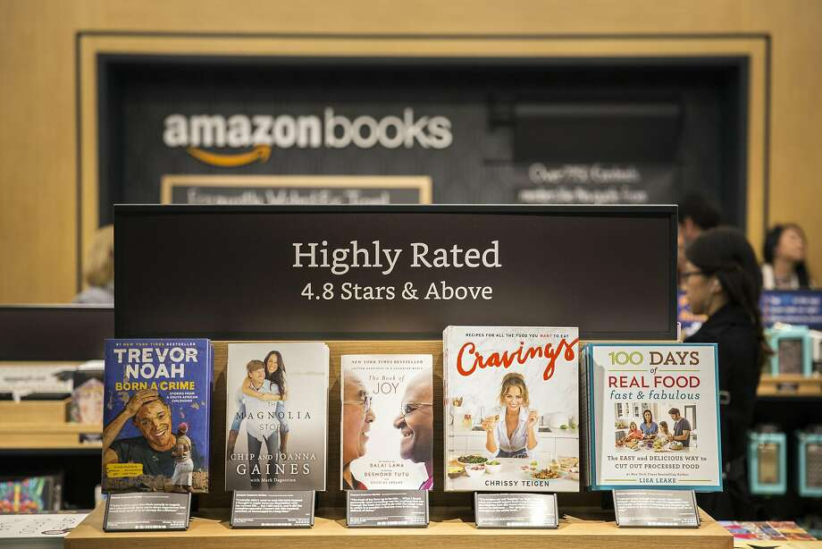 The new Amazon bookstore, its seventh brick-and-mortar store, is at the Time Warner Center at Columbus Circle in Manhattan. Photo: ALEX WROBLEWSKI, NYT