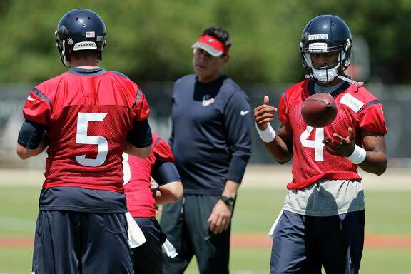 Houston Texans quarterback Deshaun Watson (4) and quarterback Brandon Weeden (5)during the Houston Texans OTAs at the Methodist Training Center in Houston, TX on Tuesday, May 23, 2017.