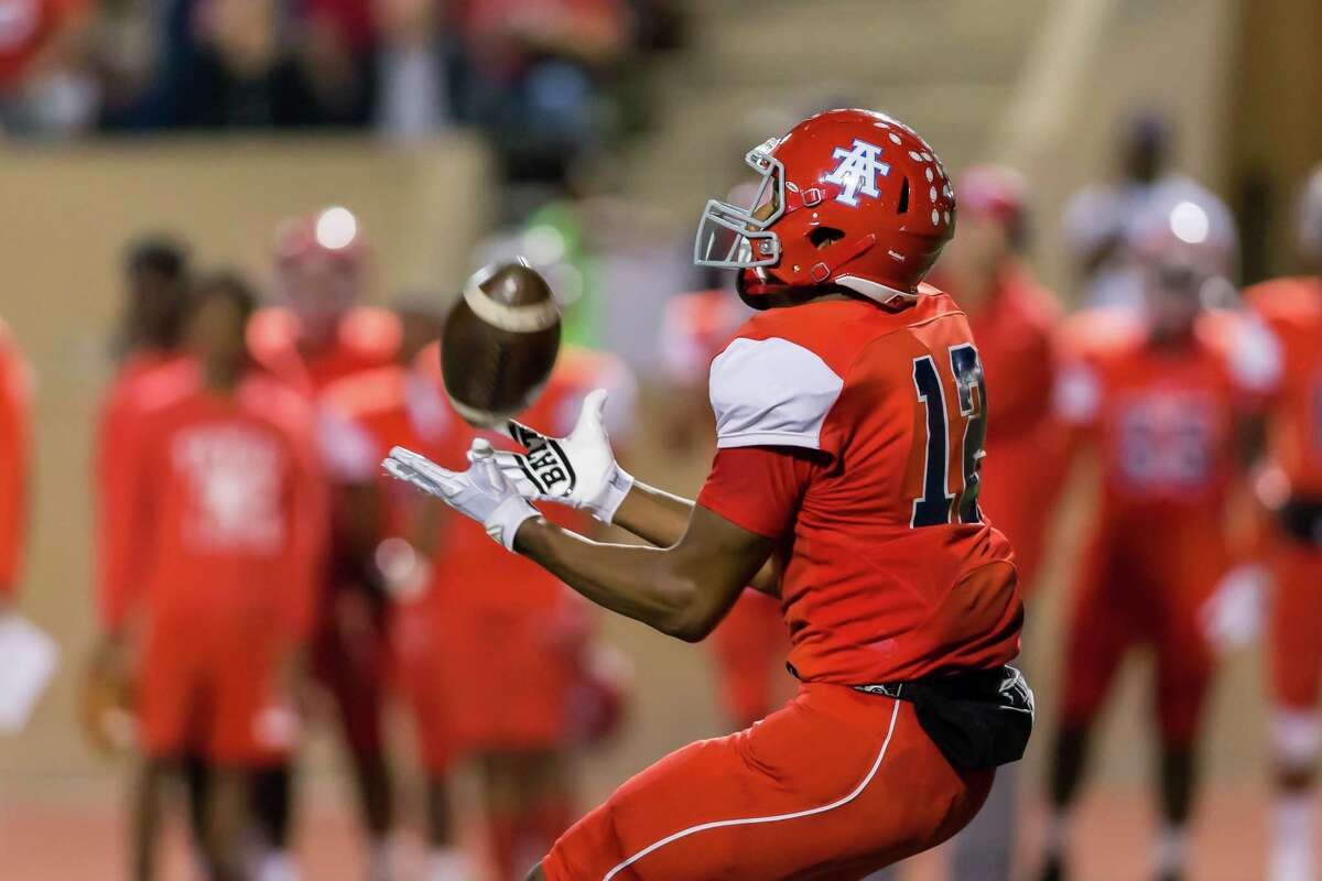 POSTSEASON: HOUSTON'S TOP 100 HIGH SCHOOL FOOTBALL RECRUITS (CLASS OF 2018) 3. Brennan Eagles, WR, Alief Taylor Signed with Texas