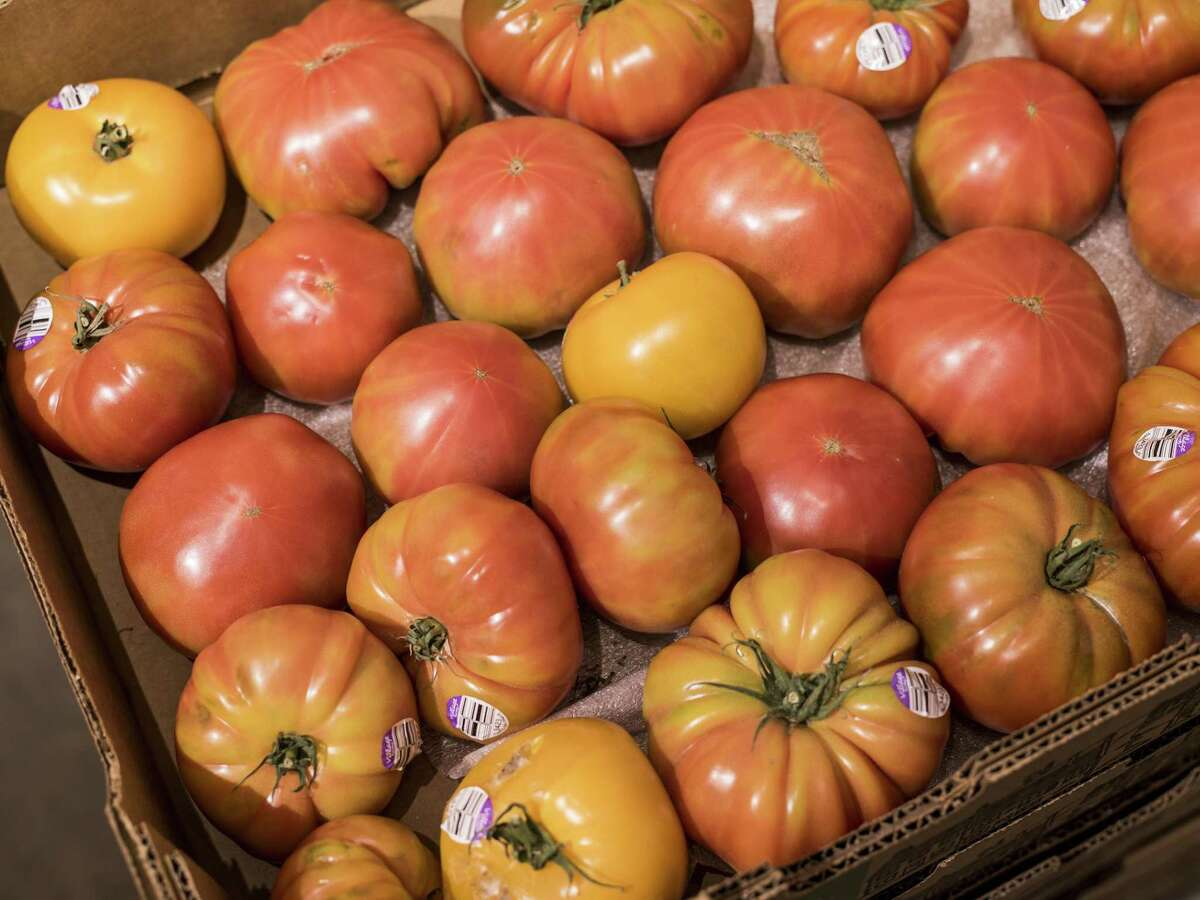 Heirloom tomatoes grown in Marfa sit out for sale by Truckin' Tomato.
