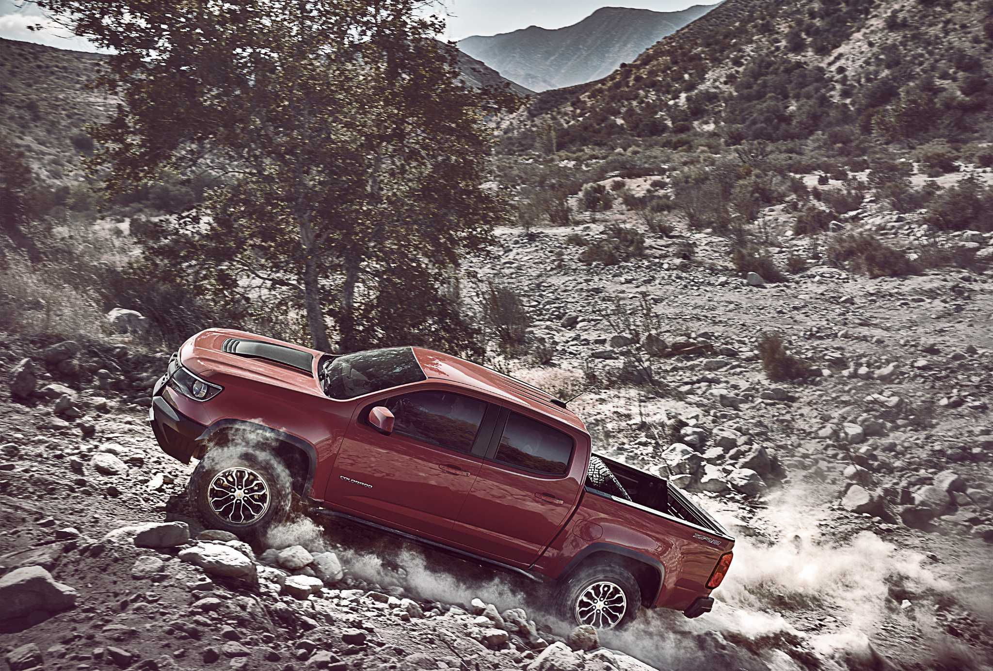 Chevy's tough new Colorado ZR2 ready to play dirty