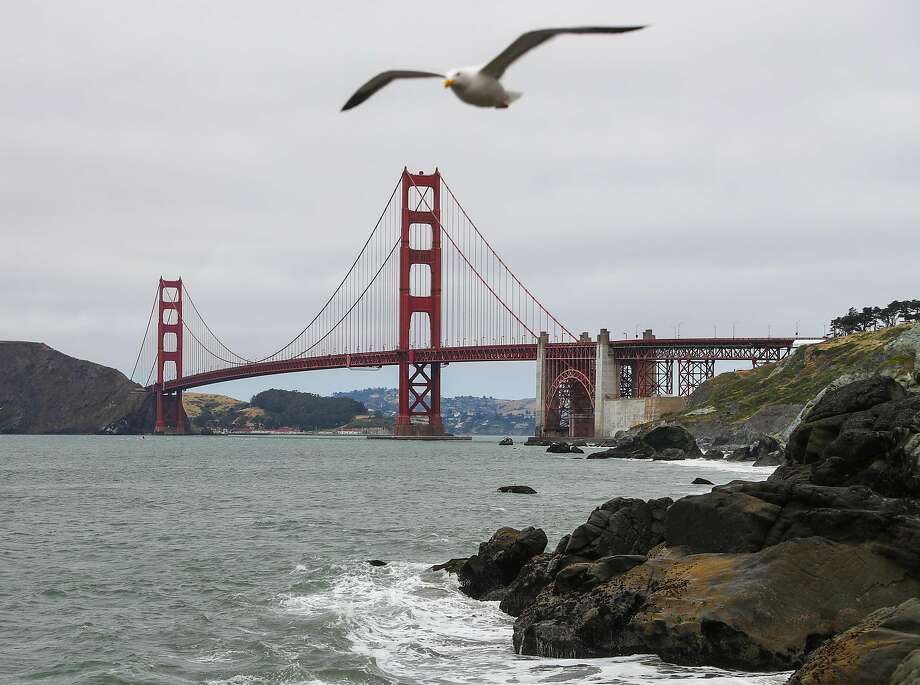 The Golden Gate Bridge earthquake retrofit could take five years and cost $660 million. Tolls might be raised to help foot the bill as the district looks for ways to fund the job. Photo: Gabrielle Lurie, The Chronicle