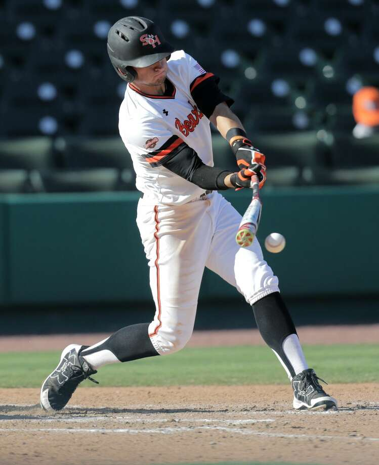 Sam Houston State outfielder Hunter Hearn (8) is among the returnees from a squad that advanced to the program's first Super Regional last season. Photo: Elizabeth Conley/Houston Chronicle