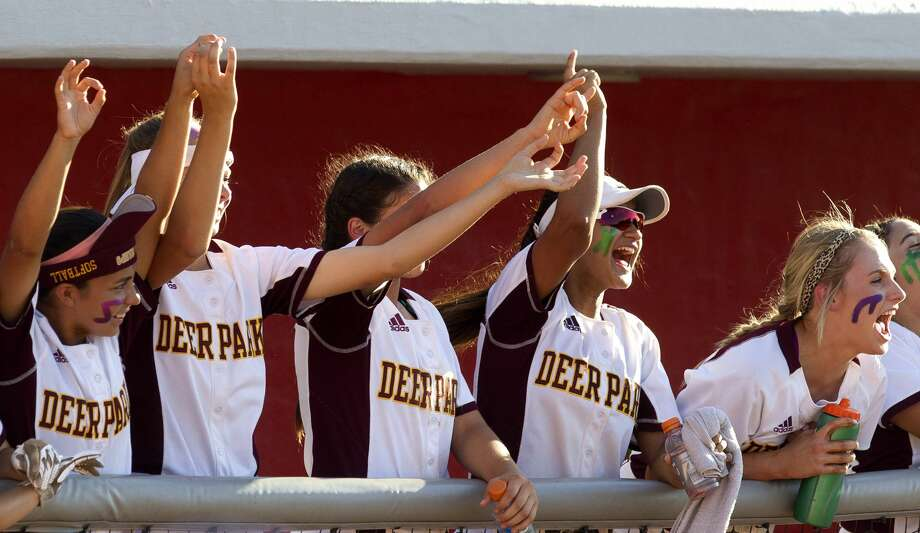 Deer Park players cheer during the sixth inning in Game 1 of a Region III-5A final high school softball series at Cougar Softball Stadium, Thursday, May 25, 2017, in Houston. Photo: Jason Fochtman/Houston Chronicle