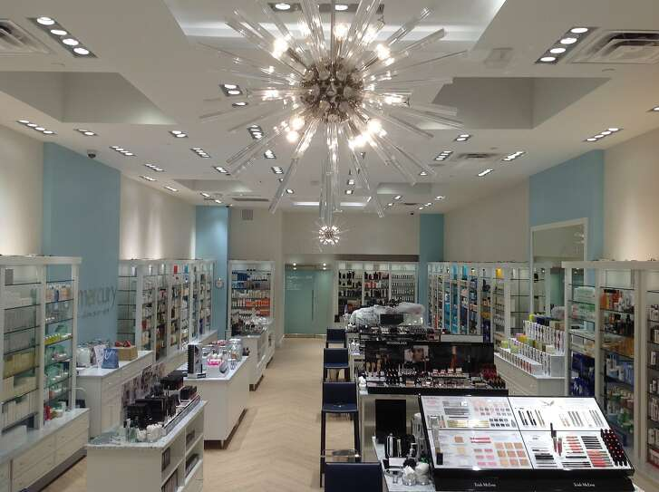 Bluemercury, the Macy�s-owned national chain, boasts two spa treatment rooms and carries such high-end brands as NARS, Darphin, Laura Mercier, La Mer and their own proprietary lines M-61 and Lune+Aster at its new��2,200-square-foot beauty boutique at 2060 Chestnut St., San Francisco.