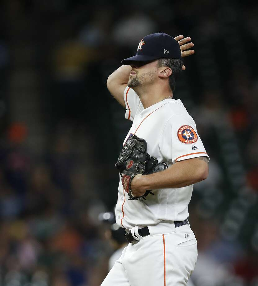Houston Astros relief pitcher Luke Gregerson (44) reacts after giving up a run to Detroit Tigers Andrew Romine (17)during the eighth inning of an MLB baseball game at Minute Maid Park, Thursday, May 25, 2017.   ( Karen Warren / Houston Chronicle ) Photo: Karen Warren/Houston Chronicle