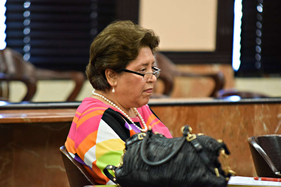 Webb County Tax Assessor Patricia Barrera reacts during a hearing for lawsuit against Webb County Commissioner's Court at the 406th Courtroom Monday 25, 2017. Photo: Ulysses S. Romero/Laredo Morning Times