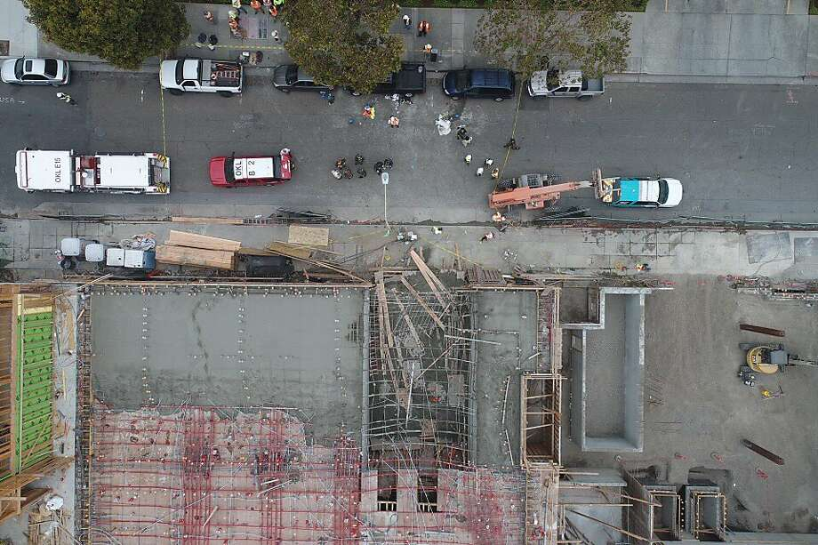 Collapsed formwork (source: SF gate, Photo: Jim Stone, Special to The Chronicle)