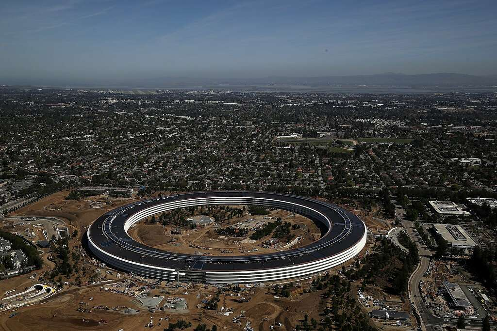 Report Apples Sunnyvale neighbors call spaceship campus a