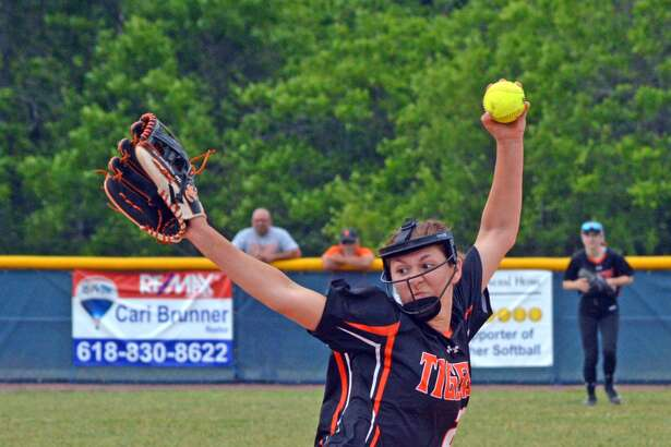 Edwardsville's Jordyn Henricks delivers a pitch during the second inning of Friday's game against Belleville West in the title game of the Class 4A O'Fallon Regional.
