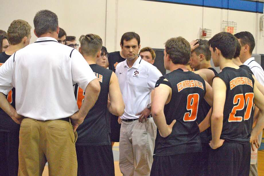 Edwardsville coach Andy Bersett talks to his team on Friday at Liberty Middle School after EHS lost to O'Fallon in the semifinals of the Edwardsville Sectional.