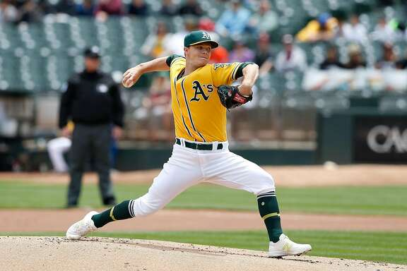 OAKLAND, CA - MAY 24: Sonny Gray #54 of the Oakland Athletics pitches in the first inning against the Miami Marlins at Oakland Alameda Coliseum on May 24, 2017 in Oakland, California. (Photo by Lachlan Cunningham/Getty Images)